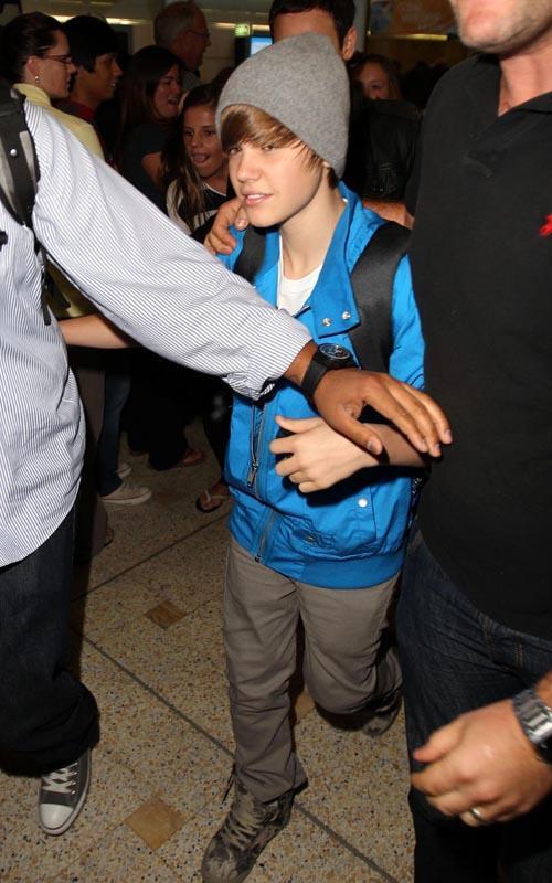 Justin Bieber Sydney Arrival 3